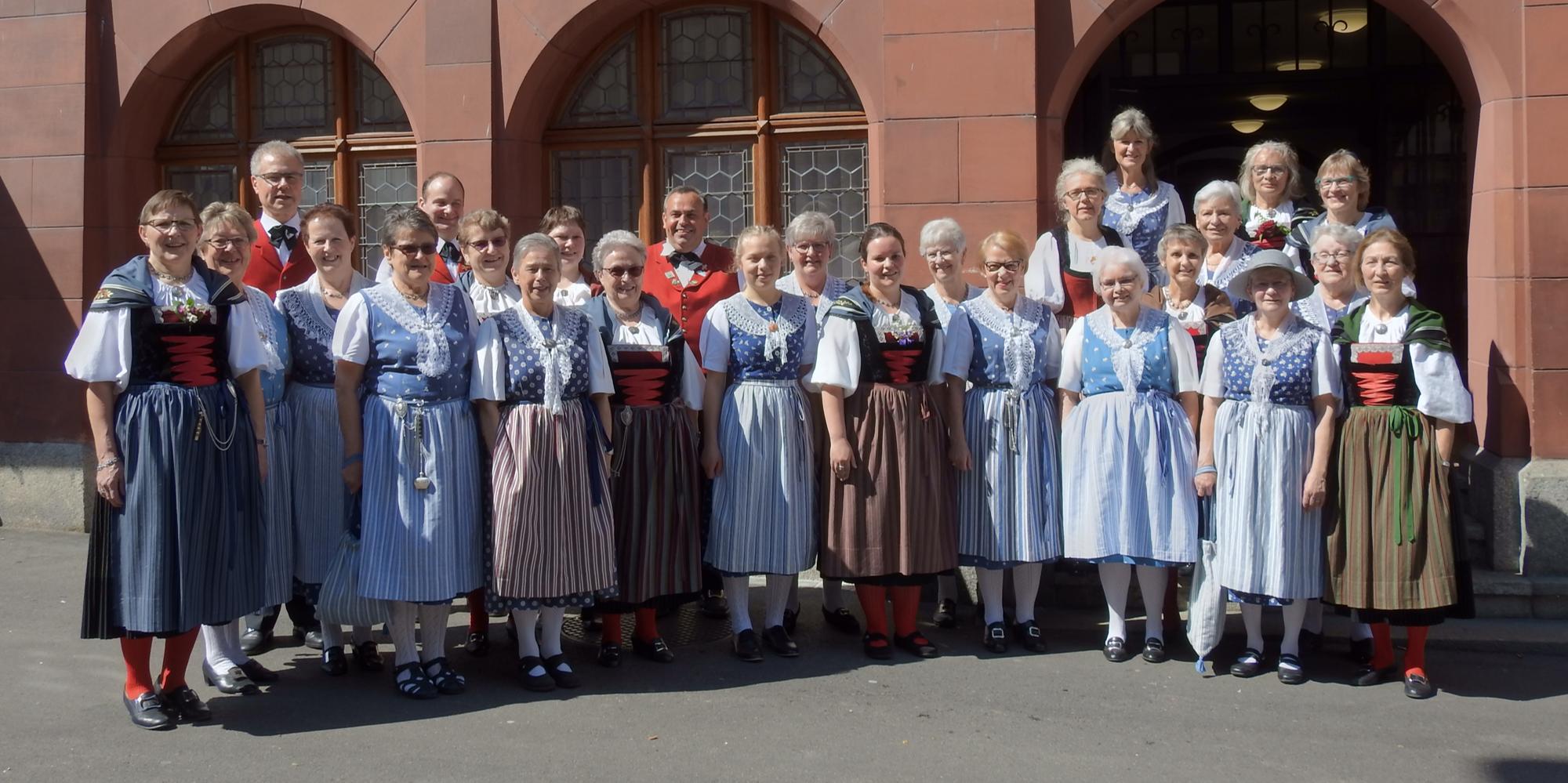 Trachtengruppe Liestal Maitanzen 2019